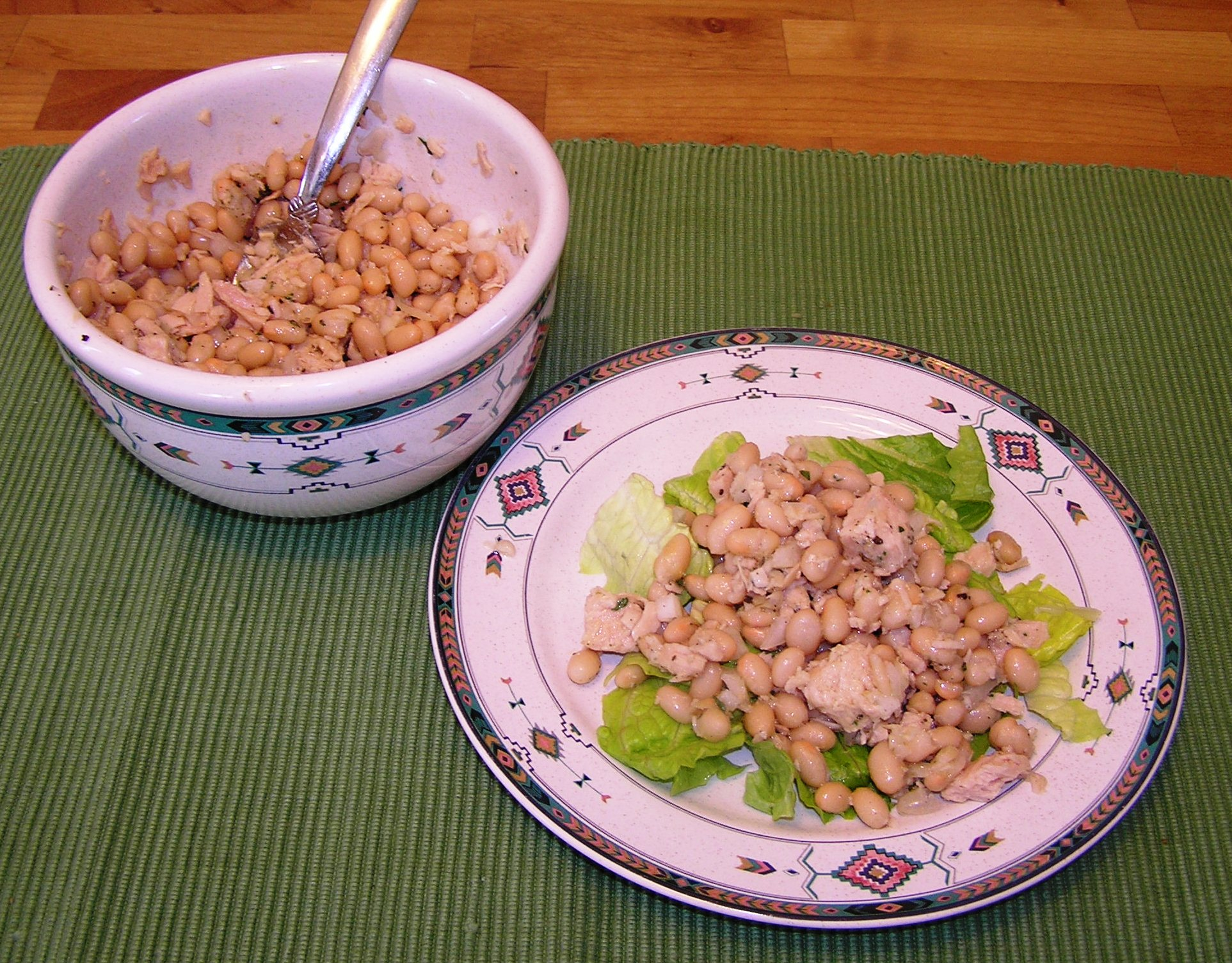 Simple White Bean and Tuna Salad | anotherfoodieblogger