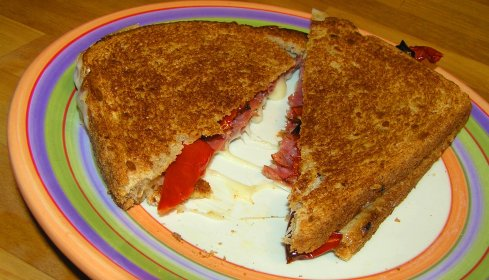 Roast Beef and Swiss Grilled Cheese with Grilled Red Pepper