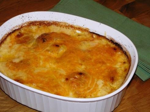 Ooey Gooey au Gratin Potatoes Dish