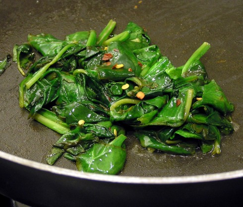 Wilted Spinach with Lemon and Crushed Red Pepper