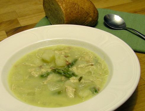Asparagus, Potato, and Chicken Soup with Ricotta Cheese