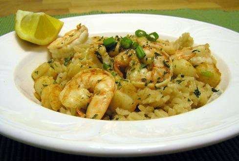 Bay Shrimp and Scallops Scampi