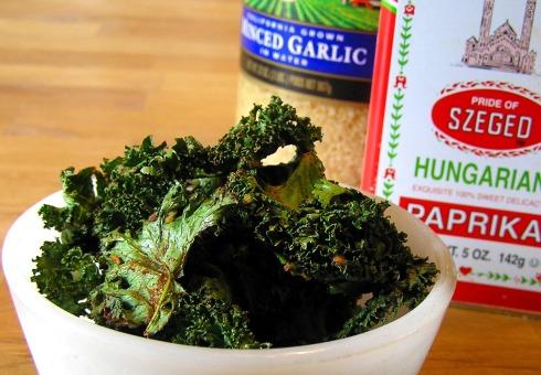 Garlic and Sweet Hungarian Paprika Kale Chips