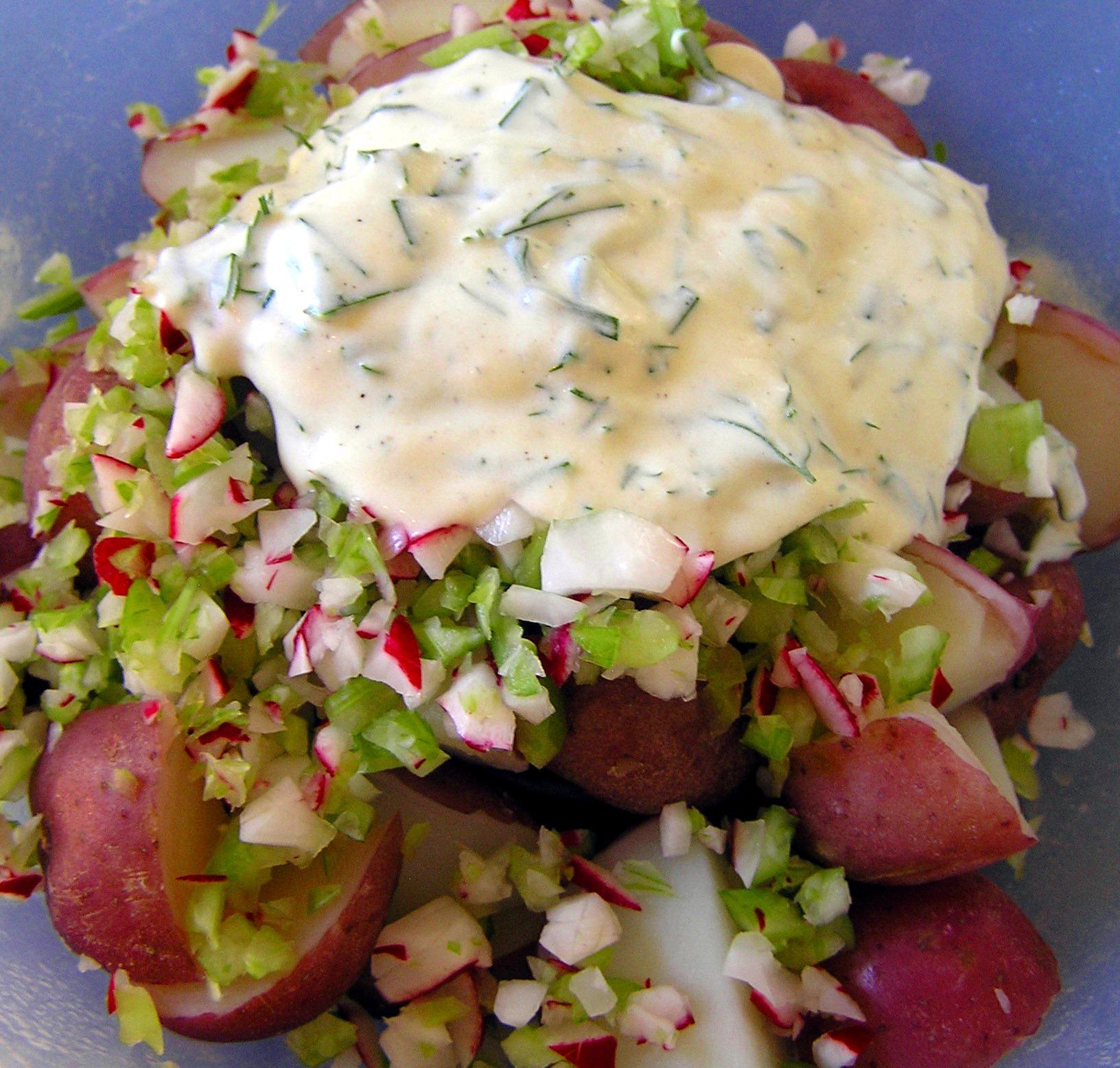 New Potato Salad with Lemon, Dill, and Chives (No Mayo ...