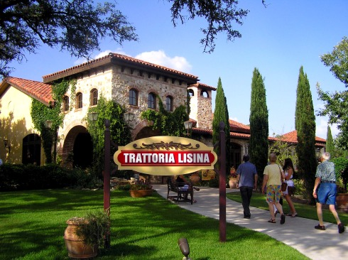 Arriving at Trattoria Lisina