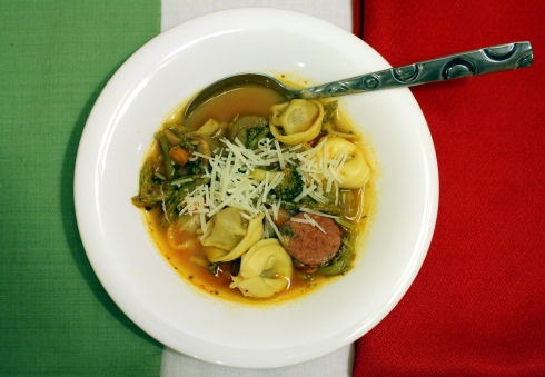 Italian Vegetable Tortellini Soup