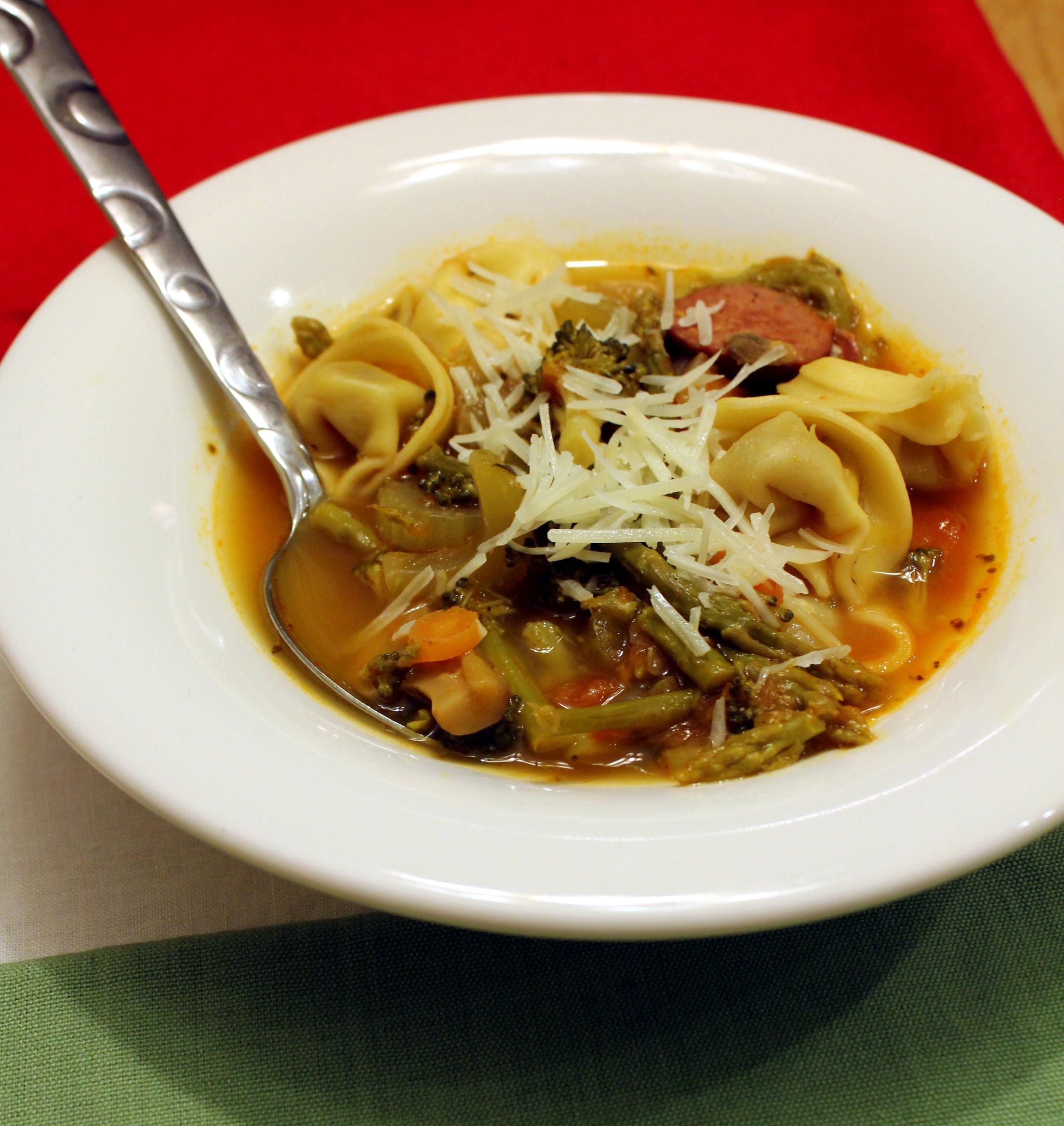 Italian Vegetable Tortellini Soup | anotherfoodieblogger