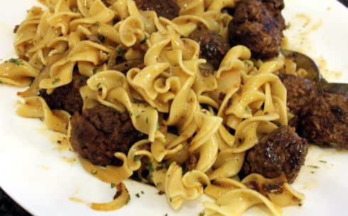 Seared Baked Meatballs with Brown Gravy and Pasta 2