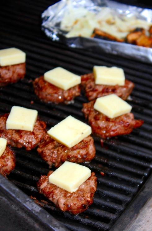 Burger Sliders with Monterrey Jack Cheese