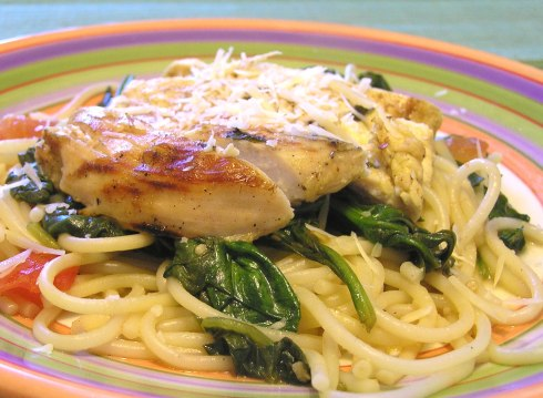 Lemony Chicken with Spinach and Pasta